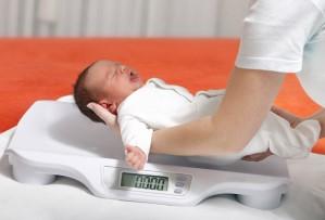 вес менее 2 кг — противопоказание к БЦЖ