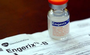флакон вакцины «Энджерикс B»