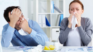 мужчина и женщина заболели гриппом