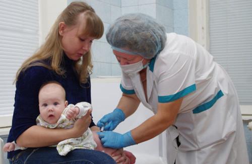 Прививка в 3 месяца акдс