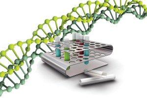 структура ДНК на фоне пробирок с кровью